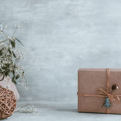 Holiday Gift Ideas Your Minimalist Mom Will Love