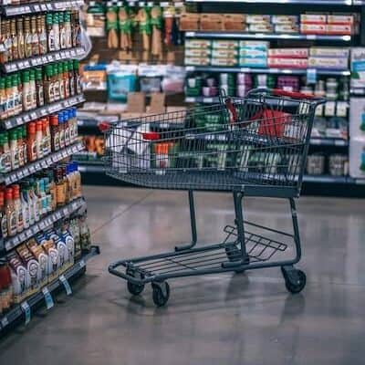 How to Be the Mom Who Has Her Sh*t Together at the Grocery Store